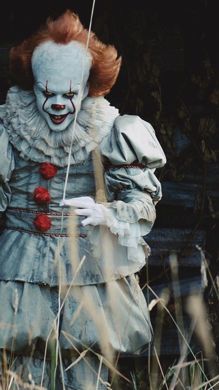 Film Pagliaccio 2020.Film Review It Chapter Two Strange Harbors In 2020 Pennywise The Clown Pennywise The Dancing Clown It The Clown Movie