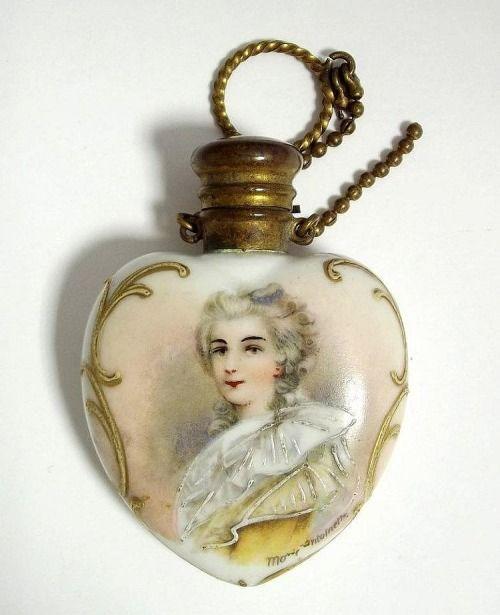Antique Marie Antoinette perfume bottle [source: Invaluable]