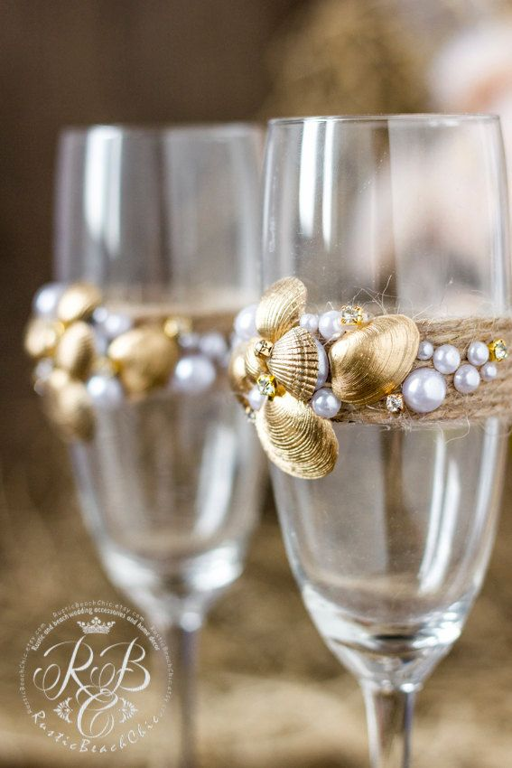 Beach WeddingChampagne Glasses decorating Gold от RusticBeachChic