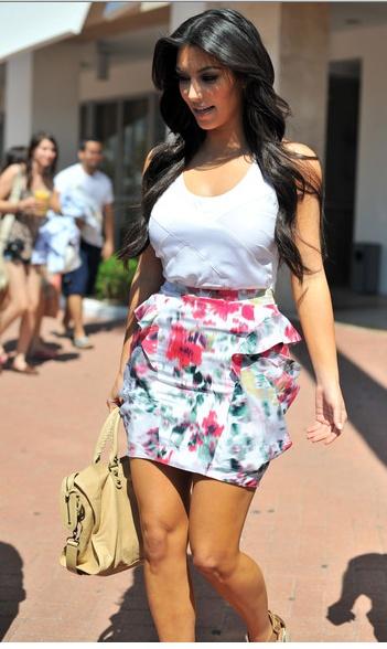 Kim Kardashian Floral Peplum High waisted skirt. Summer / Spring outfit
