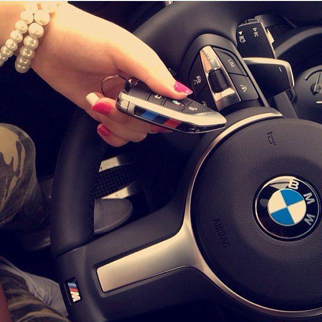 BMW GIRL @lulu_libanon