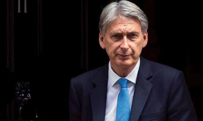 Autumn budget must help young people, Philip Hammond tells Tories   European News