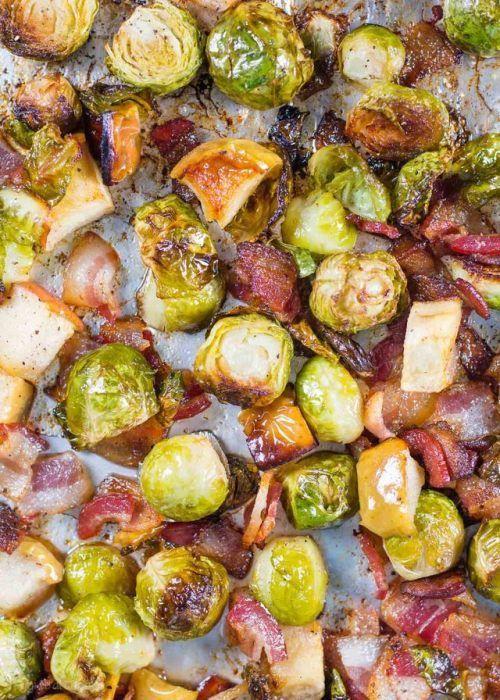 Roasted brussel sprouts with bacon apples recipe brings the  Mein Blog: Alles rund um Genuss & Geschmack  Kochen Backen Braten Vorspeisen Mains & Desserts!