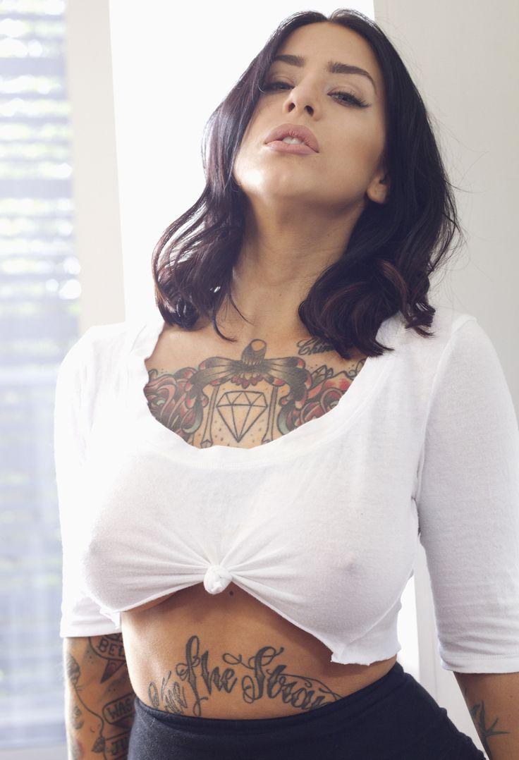 Nude big tits