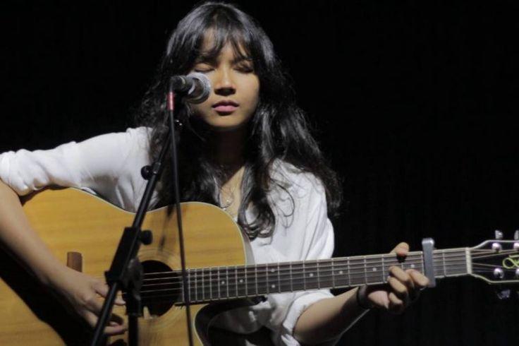 Musisi Indie Bukan Hanya Punya Suara Bagus, Tapi Juga Paras Cantik