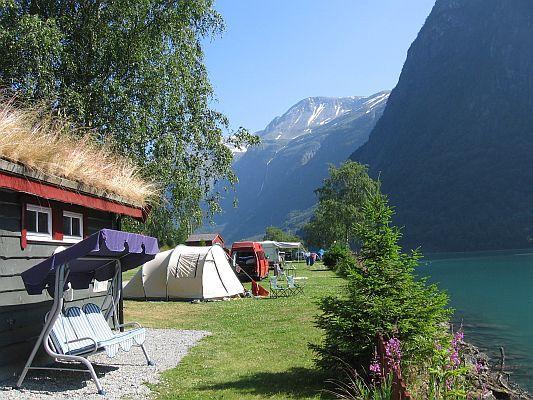 Camping Olden Norwegen am Fjord