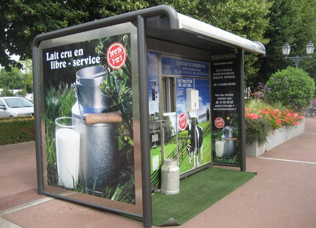 Milk Dispenser like a bus stop!Fresh Milk, Raw Milk Vending Machine Large, Vending Machines, Milk Dispenser, Front Doors, Local Milk, French, Bus Stop, Nature Health