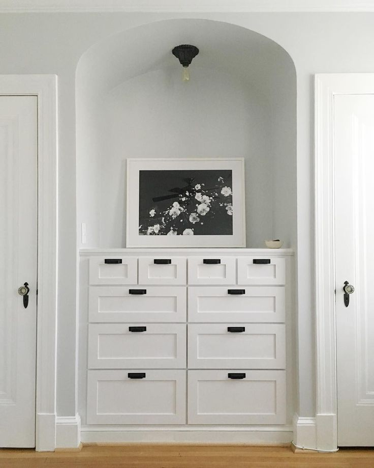 Best 25 built in dresser ideas on pinterest for Ready made built in cupboards
