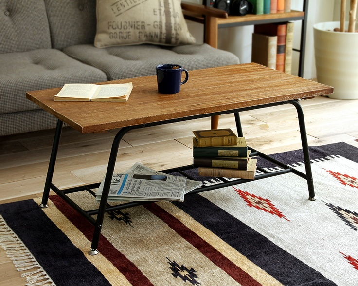 天然の桐材を、ハンドメイドでアンティーク調に仕上げた「ZAGA」シリーズの収納棚付きテーブルです。