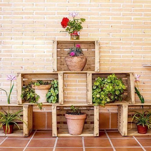 Las 25 mejores ideas sobre huacales de madera decorados for Jardines verticales con madera