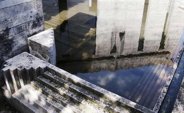 Brion Vega Cemetery, Carlo Scarpa photo