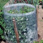 25+ Clever Ideas Gardeners Won't Want To MissClever Gardens, Tomato Cages, Plastic Bags, Good Ideas, Garden Ideas, Ideas Gardens, 25 Clever, Clever Ideas, Gardens Won T