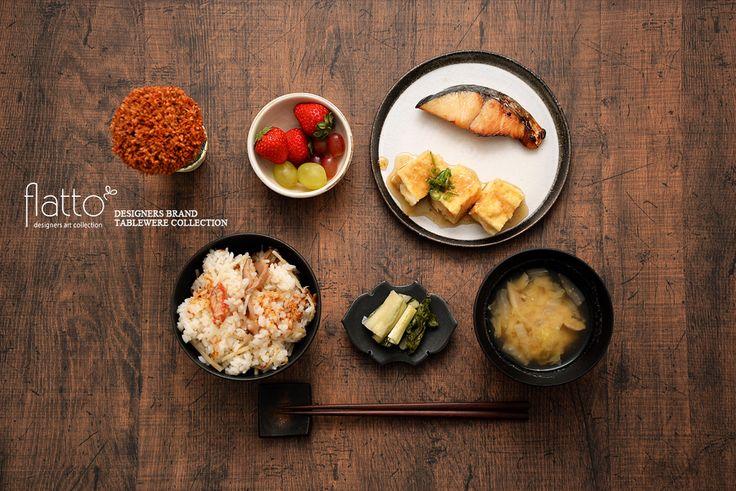 さわらの醤油漬け&揚げ出し豆腐(和食器:木下和美の黒釉めし碗/奥田章のケーキ皿18cm etc)