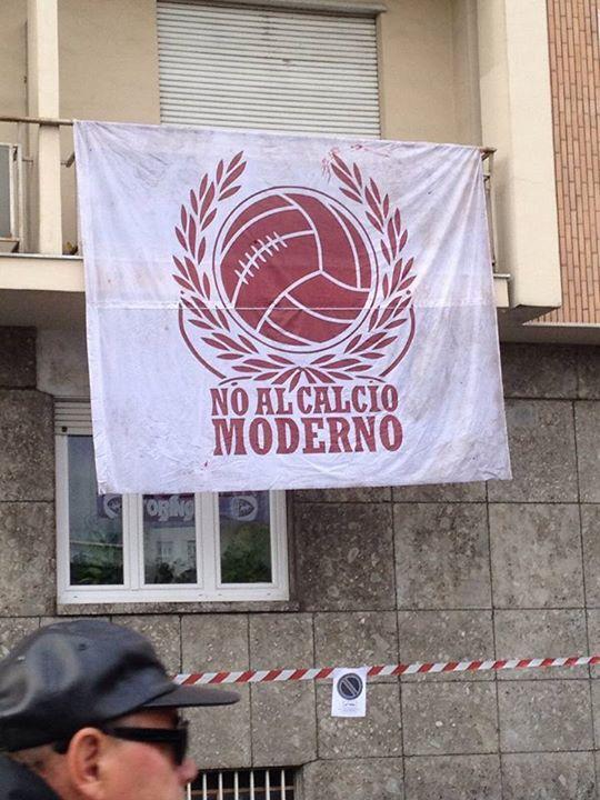 No al calcio moderno