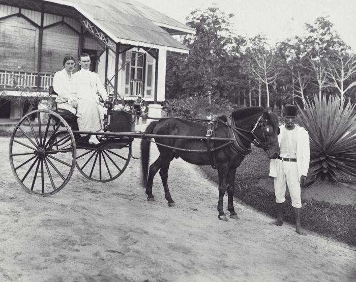 kereta-kuda-1918.jpg (700×554)