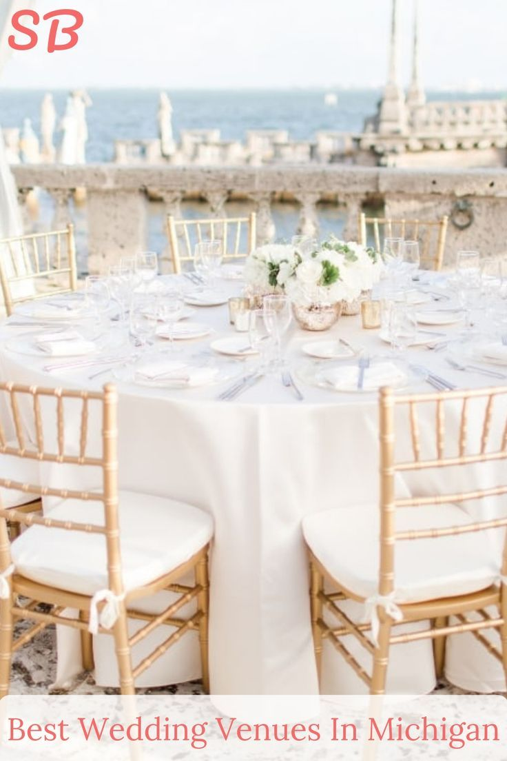 Pick Out The Best Wedding Venue In Michigan That Is Suitable For Both Indoor And Outdoor Events The Michigan Wedding Venues Best Wedding Venues Wedding Venues