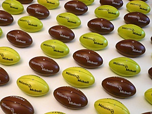 1000 images about rugby ball on pinterest ballon d 39 or parks and rugby - Ballon rugby chocolat ...
