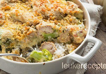 romige rijst met kip, iets meer saus, iets dunner is lekker! En smeltkaas.