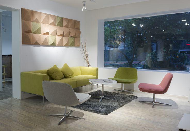 Pure Loop Lounge   Infiniti Design