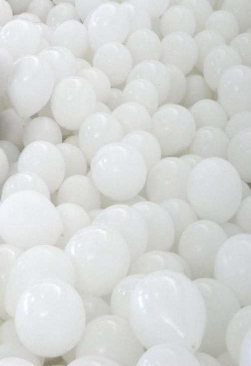 Party with White Balloons!!!