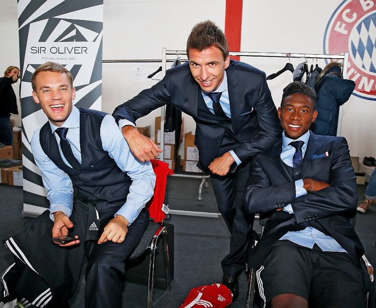 Photoshoot in new suit Source: Your source on Tumblr for Manuel Neuer