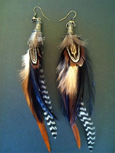 these are very pretty versions of feather earrings...