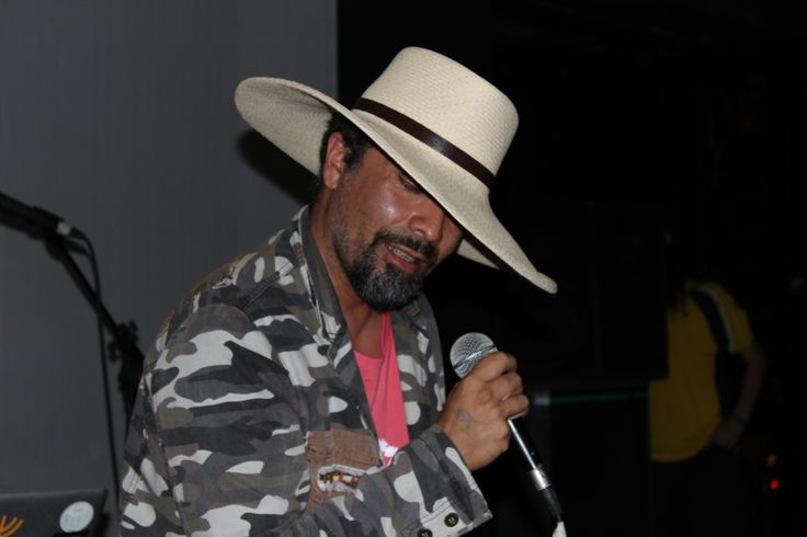 Solo Di Medina. Amor, amor bass party. Centro Arte Alameda. Febrero 2014.