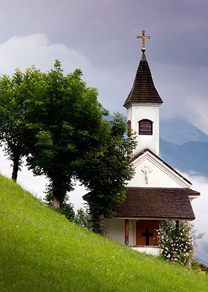 Der Christ steuert alle! Gott ist mit uns! (near Sellrain; SW of Innsbruck, Austria.)
