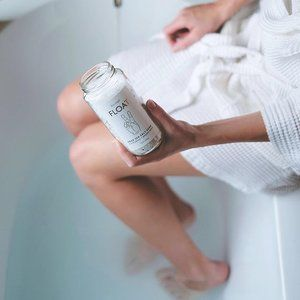 Friday night plans courtesy of @kismetessentials 🛁 Shop our bath essentials through the link in our bio!