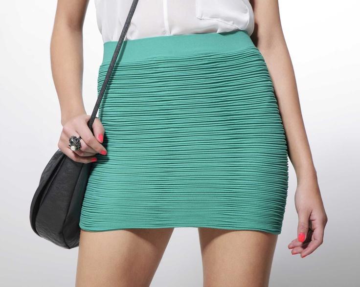 Falda Bandage en color menta de Cyzone - Siéntete sexy por partida doble www.cyzone.com #primerasvecesbycyzon