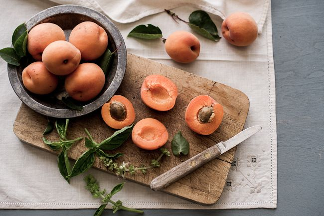 Apricots  - White on Rice Couple: Awesome Food, Poached Apricot, Food Recipes, December Food, Basil Poached, Squarem Food, Food Photography, Apricot Recipes, Rustic Apricot