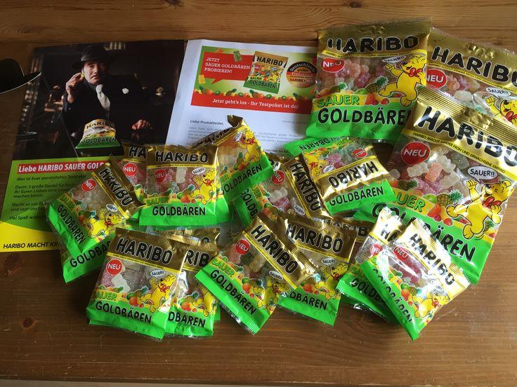 Haribo Sauer Goldbären Informationen des Herstellers: SAUER GOLDBÄREN. Außen sauer-spritzig, innen fruchtig-süß. Die berühmten GOLDBÄREN in den Geschmacksrichtungen Ananas, Zitrone, Erdbeere, Apfel…