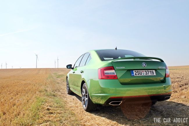 Test: Skoda Octavia RS TDI Hatchback / Sedan