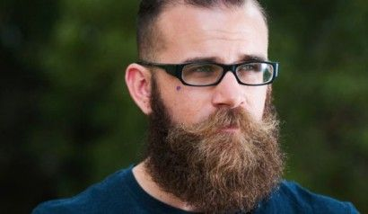 Greffe de barbe http://www.konbini.com/fr/files/2014/02/a_560x375-410x238.jpg