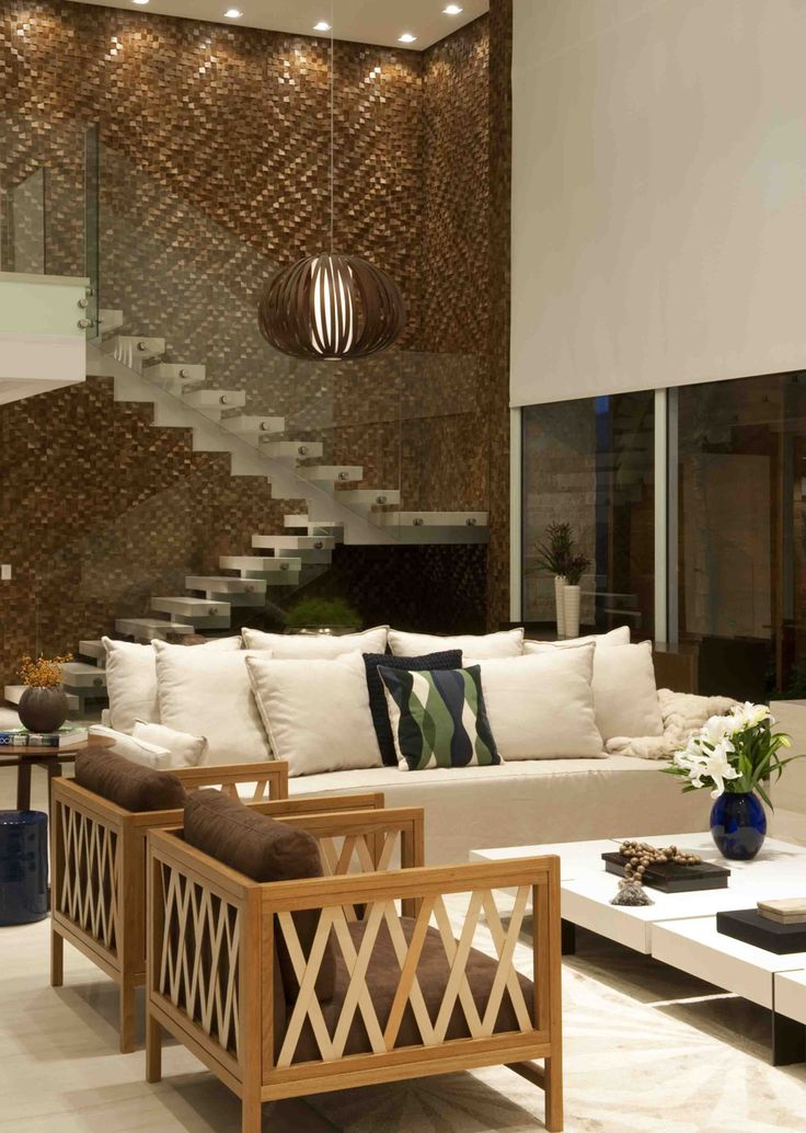 Decoração de: Sala de estar - escada; Casa de Valentina