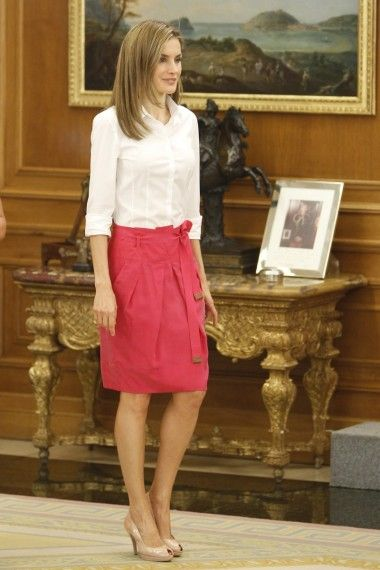 Así es la nueva falda midi: con vuelo o lápiz