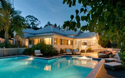 The Manse is the perfect place to purity your body, balance your mind and enliven your soul. www.mullumsari.com