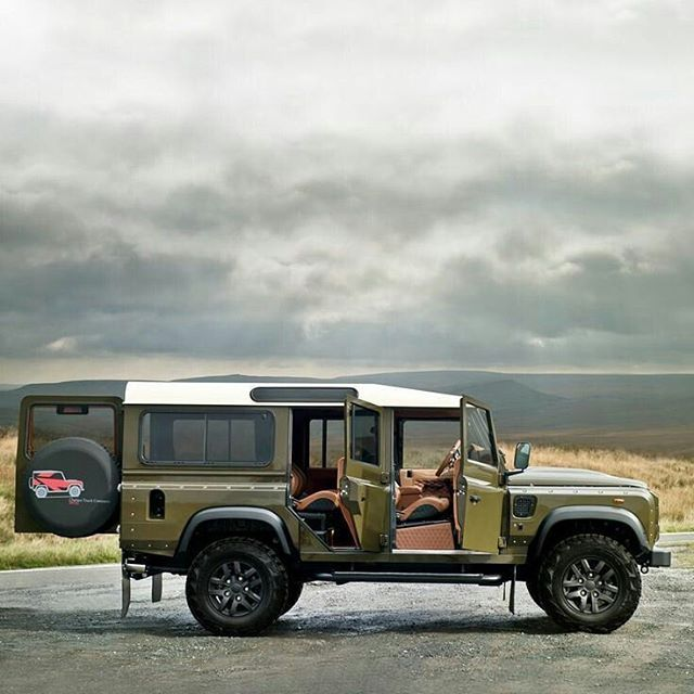 115 best images about land rover defender on pinterest 4x4 land rover defender 130 and off. Black Bedroom Furniture Sets. Home Design Ideas