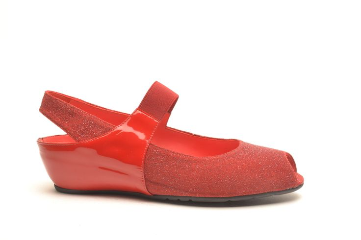#pasderouge #shoes #summer #patent #glitter #red #sandal #classic