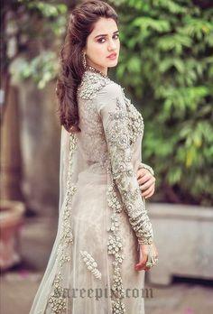 Disha-patani-in-saree-instagram
