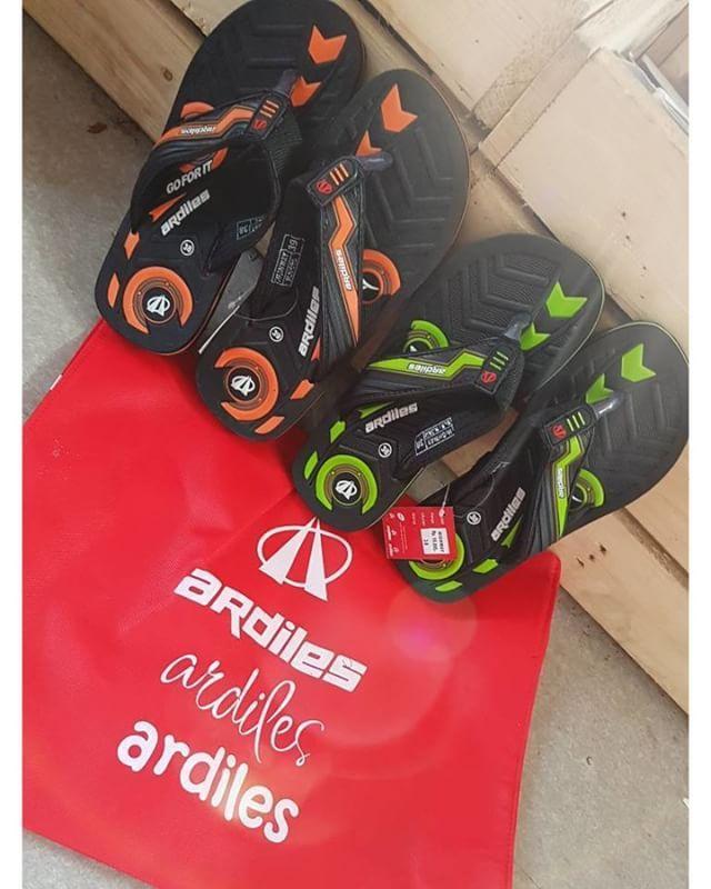 Beli Ardiles Sneakers 250.000 GRATIS Ardiles Sandals senilai 55.800 😍  Stylish saat silaturahmi . . sekalian gaya juga saat ke masjid 🕌✨ #ardilessneakers #sepatusekolah #jakcloth #lebaran #goforit #puasa #ngabuburit #sale #mudik #keluarga #ardiles #sneakers #keren #awet #promo #belanja #fashion #tren #gaul #jakarta #bogor #depok #tangerang #bekasi #eventjakarta #festival #senayan #clothing #indonesia