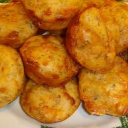 Pepperoni Pizza Puffs | Recipes | LuckySamples