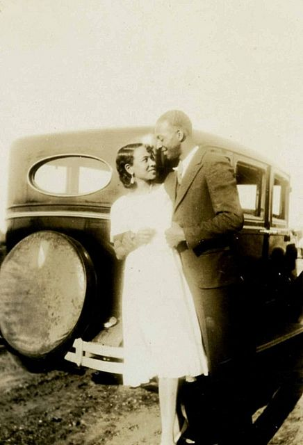 Love the look of adoration in their eyes. 1920s