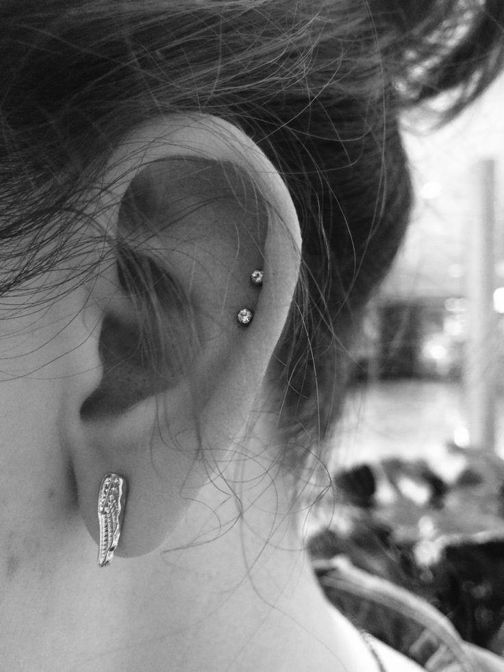 Double cartilage piercing // So cute!!