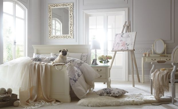 Vintage bedroom - Stick to pastels, pales, whites and greys when deciding on your romantic or vintage style bedroom colour palette.  (Bedroom design ideas, decorating a bedroom)