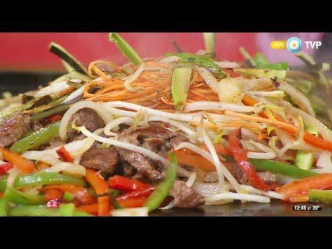 Salteado de carne y vegetales a la chapa - YouTube