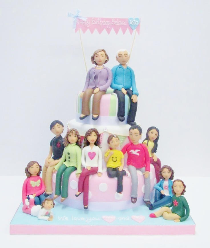 Include the whole family in your cake!