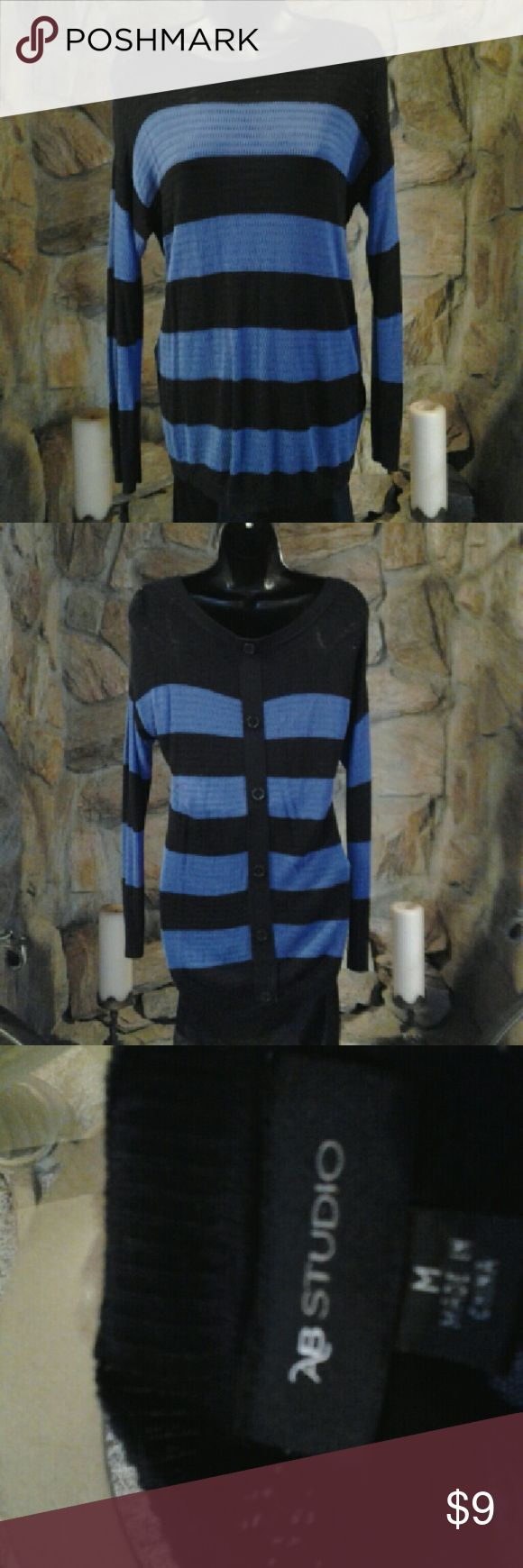 ■TWO DAY SALE■ studio sz med sweater button back AB studio size medium sweater button back AB Studio Sweaters