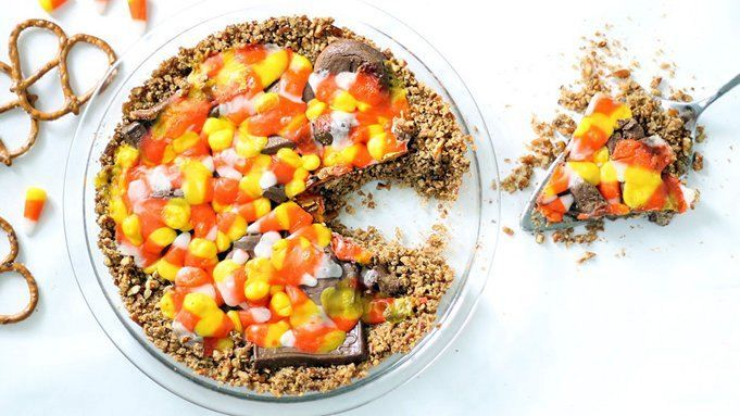 Restos de caramelo de Halloween de sectores con Pretzel Corteza