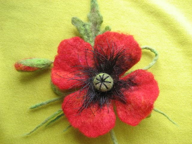 vera-runova-red-flower.jpg (640×480)